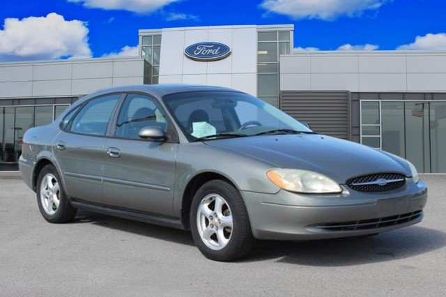 Pre-Owned 2003 Ford Taurus SES