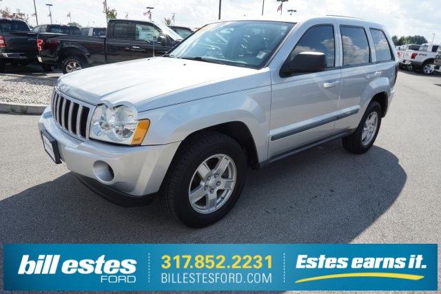 Pre Owned 2007 Jeep Grand Cherokee Laredo