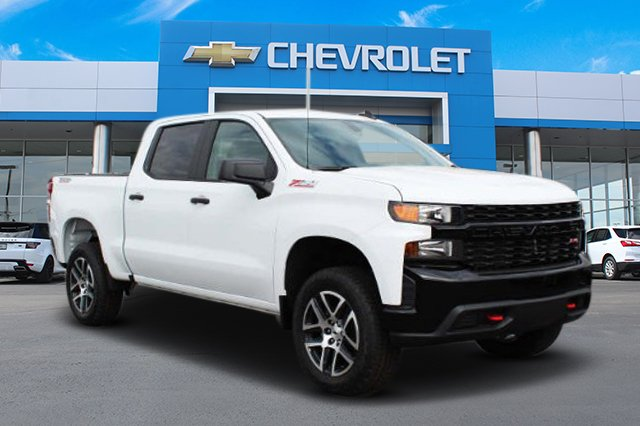 New 2019 Chevrolet Silverado 1500 Custom Trail Boss Crew Cab Pickup