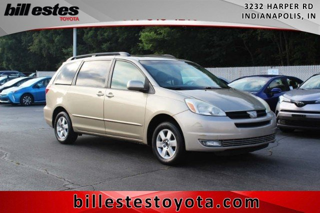 Pre-Owned 2004 Toyota Sienna XLE