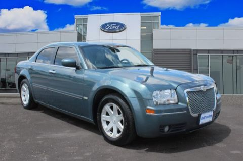 Pre-Owned 2005 Chrysler 300 300 Touring